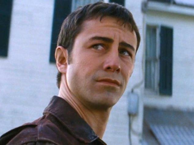 Джозеф Гордон-Левитт (Jody Gordon-Levitt) играет молодого персонажа Брюса Уиллиса (Bruce Willis) в киноновинке