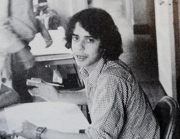 Обнаружился первый бойфренд Дженнифер Энистон (фото)