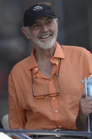 Шон Коннери появился на публике после слухов о своей болезни