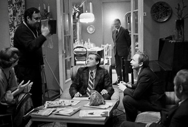 Актёры для этого фильма подобрались очень быстро, поскольку у Рязанова оставались ценные