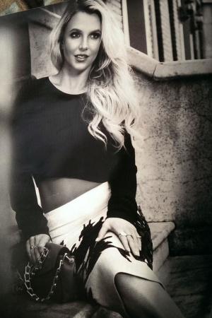 Бритни Спирс снялась в новой фотосессии