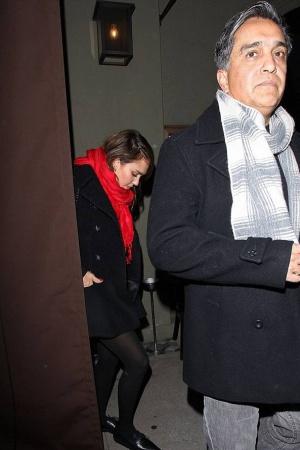 Джессика Альба со своим отцом