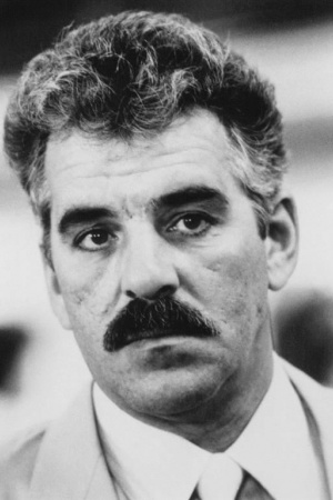 Деннис Фарина (1944-2013), американский актер