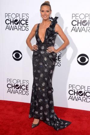 Хайди Клум в платье от Armani и в туфельках Christian Louboutin