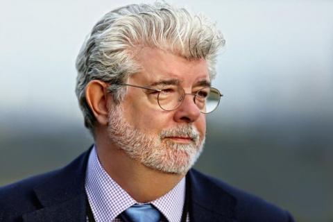 Из-за развода с женой Джордж Лукас был вынужден продать свою технологию CGI(трехмерная компьютерная графика) Стиву Джобсу, который в свою очередь основал студию Pixar.