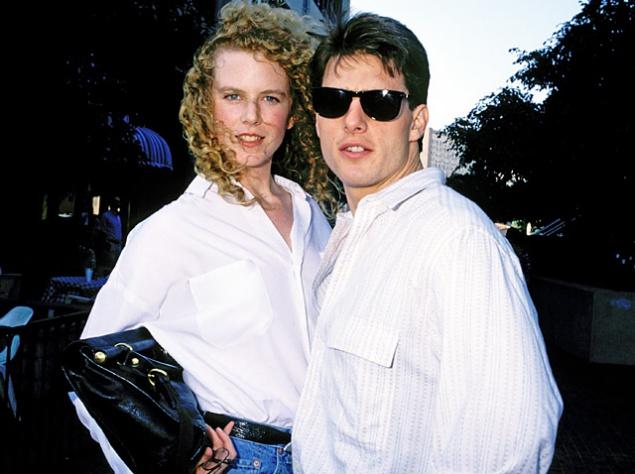 """Но Депп не один такой. Другой актер Том Круз очень помог в карьере сразу нескольких своих жен. Хотя его первую жену мало кто знает – Мими Роджерс тоже актриса, правда и во время их совместной жизни от Тома не стоило многого ожидать, ведь и он был еще малоизвестен. А вот Николь Кидман Круз очень даже помог. До романа с ним она была известна только у себя на родине, в Австралии. После знакомства с Томом на съемках фильма """"Дни грома"""" она привлекла к себе внимание журналистов и Голливуда. Потом развод, выкидыш – все то, что нужно СМИ. И хотя поначалу она слыла лишь """"женой Тома Круза"""", со временем она доказала, что является талантливой актрисой и стала известной уже как отдельная единица шоу-бизнеса – Николь Кидман."""