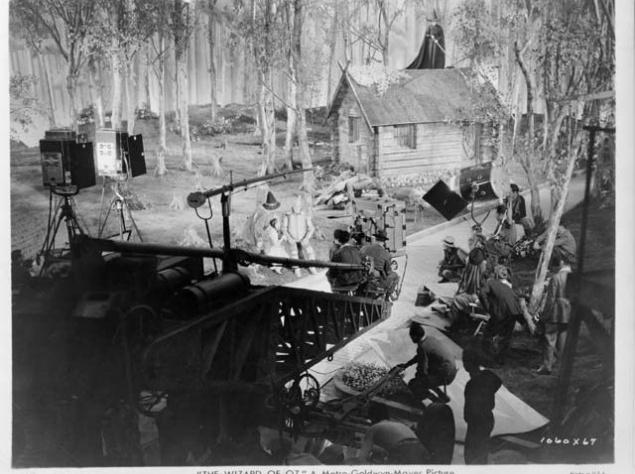 Волшебник изумрудного города (1939)