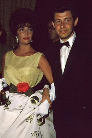 Элизабет Тейлор в платье от Christian Dior, 1960