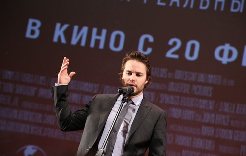 Тейлор Китч на премьере фильма