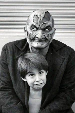 Кошмар на улице Вязов 7: Новый кошмар (1994).
