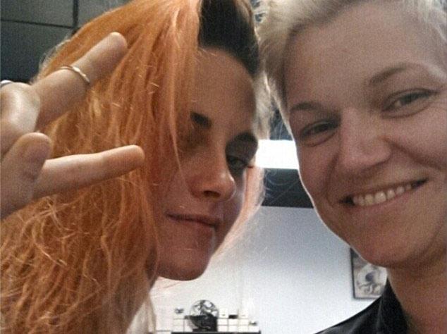Кристен Стюарт сменила цвет волос