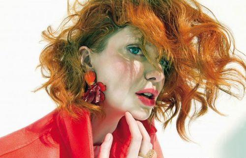 Кристина Хендрикс украсила обложку журнала