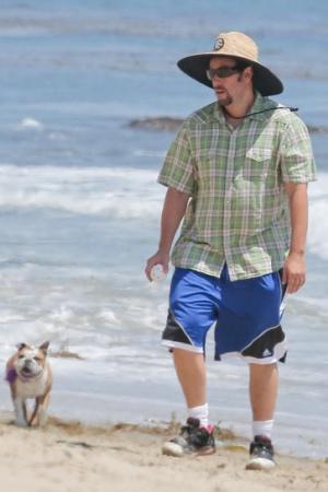 Адам Сэндлер на отдыхе в Малибу