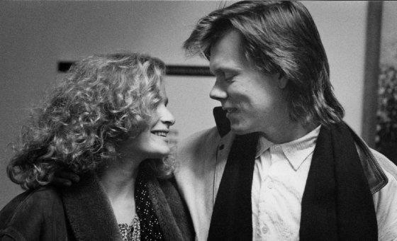 Кира Седжвик и Кевин Бейкон женаты уже более 25 лет, они поженились в 1988 году. Пара воспитывает сына и дочь.