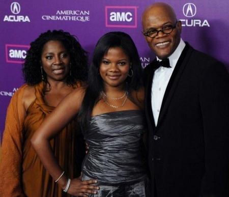В 1980 году Сэмюэл Л. Джексон и Латана Ричардсон поженились. У пары есть дочь Зои, родившаяся в 1982 году.