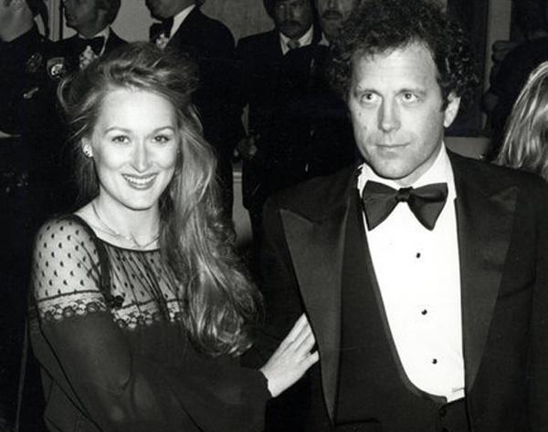 Мерил Стрип и Донн Гаммер вместе с 1978 года. У пары четверо детей. Это, наверное, одна из немногих пар, чья семейная жизнь не была омрачена никакими слухами и разговорами.
