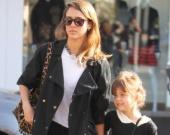 Джессика Альба призналась, что НЕ прислушивается к мнения детей