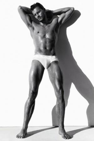 Идеальный Кристиан Грей: соблазнительные фото Джейми Дорнана