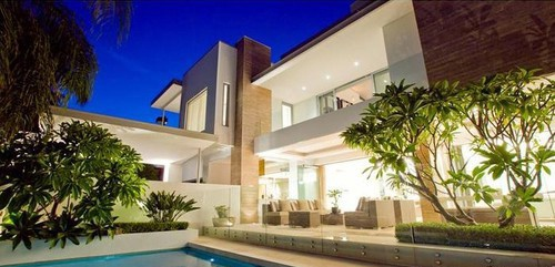 Отец Хита Леджера продает его дом