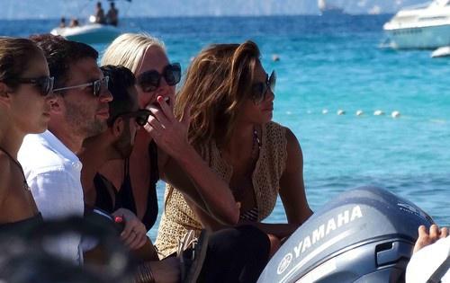 Николь Шерзингер на отдыхе в Испании