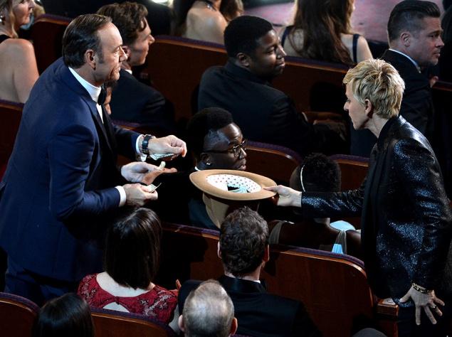 Назад в прошлое: Самые смешные фото звезд с Оскара 2014
