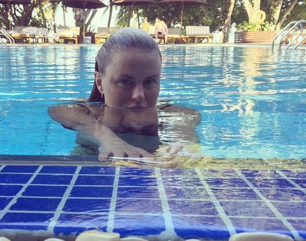 Анна Семенович отдохнула на Мальдивах