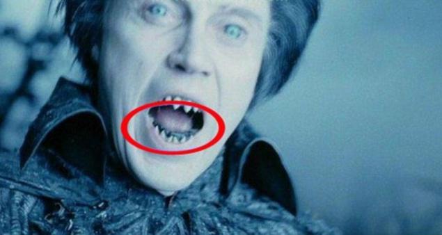 """""""Сонная лощина"""". За фальшивыми зубами Кристофера Уокена виднеются настоящие"""