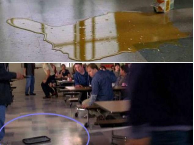 """""""Человек-паук"""". Мэри Джейн в этом эпизоде поскальзывается на пролитом соке, однако в следующем кадре сока уже нет. На чем же она поскользнулась?"""