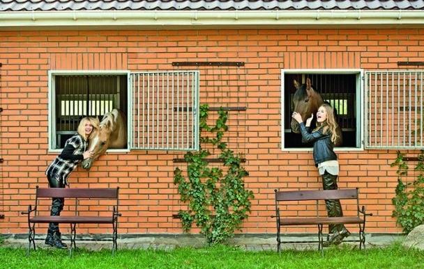 Полная фотосессия Веры Брежневой со старшей дочкой