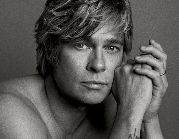 Красавчик Брэд Питт с голым торсом снялся в новой фотосессии
