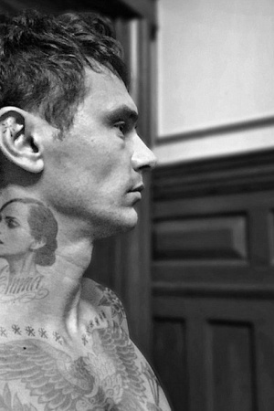 Джеймс Франко показал тату с изображением Эммы Уотсон