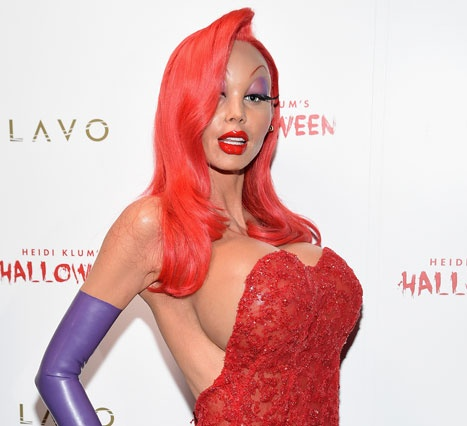 Хайди Клум поразила всех хэллоуинским костюмом