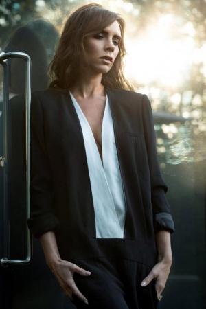 Изысканная Виктория Бекхэм в новой фотосессии