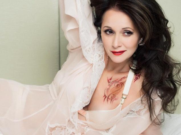 Ольга Кабо разделась для рекламы нижнего белья