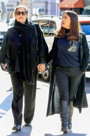 Сальма Хайек со своей матерью Дианой Хименес Мединой