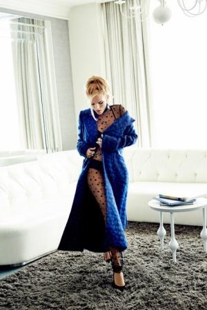 Белла Торн снялась в фотосете для Glamour