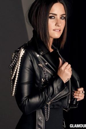 Деми Ловато в соблазнительной фотосессии для Glamour