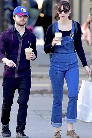 Дэниэл Рэдклифф и Эрин Дарк на прогулке в Нью-Йорке
