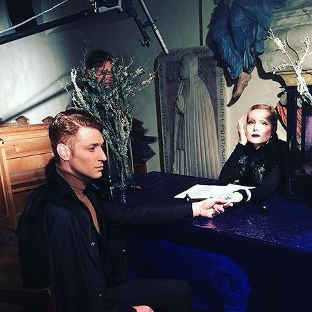 Рената Литвинова поделилась фото со съемок нового фильма