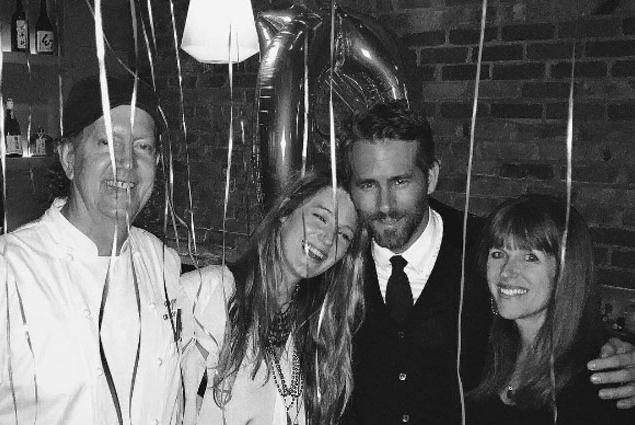 Блейк Лайвли трогательно поздравила супруга с днем рождения