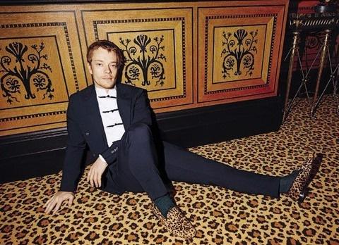 Альфи Аллен в фотосете для L'Uomo Vogue