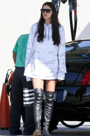 Ирина Шейк на шоппинге с будущей свекровью
