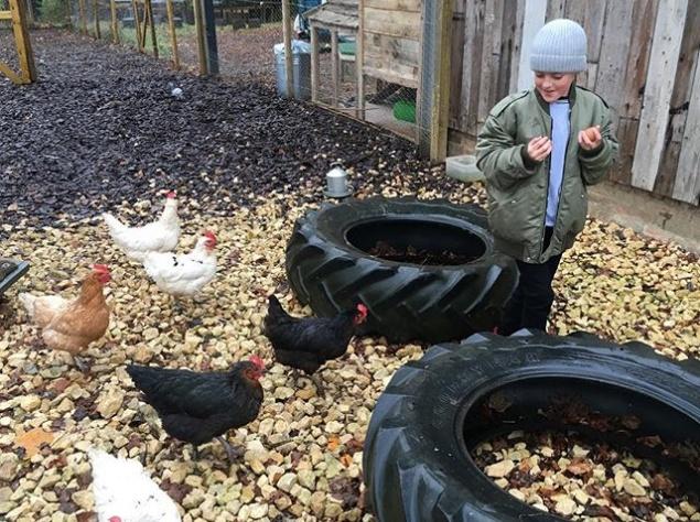 Лив Тайлер провела выходные с семьей на ферме