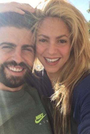 Шакира опубликовала селфи с любимым мужем Жераром Пике