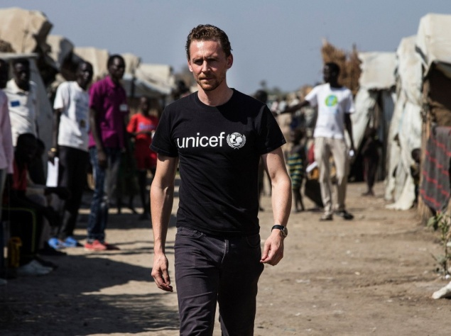 Том Хиддлстон посетил Южный Судан с миссией ЮНИСЕФ
