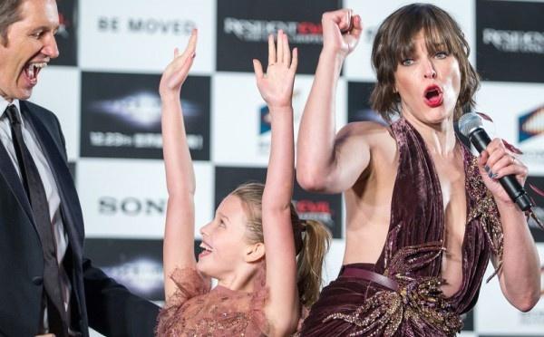 Смотреть фильмы онлайн бесплатно девушка в розовом платьице фото 487-101