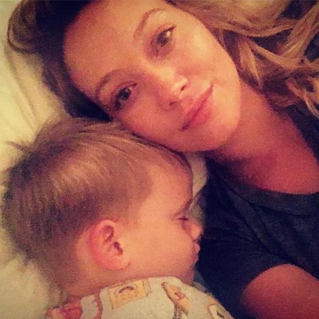 Хилари Дафф ответила на критику поцелуя с 4-летним сыном