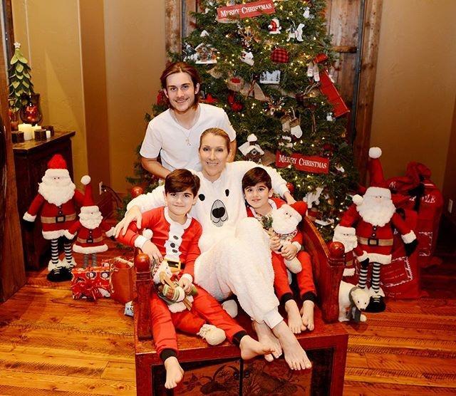 Селин Дион поделилась трогательным семейным снимком
