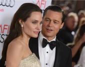 На Брэда Питта и Анджелину Джоли подали в суд