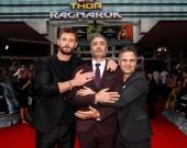 """Крис Хемсворт и Марк Руффало на премьере """"Тор: Рагнарек"""" в Сиднее"""